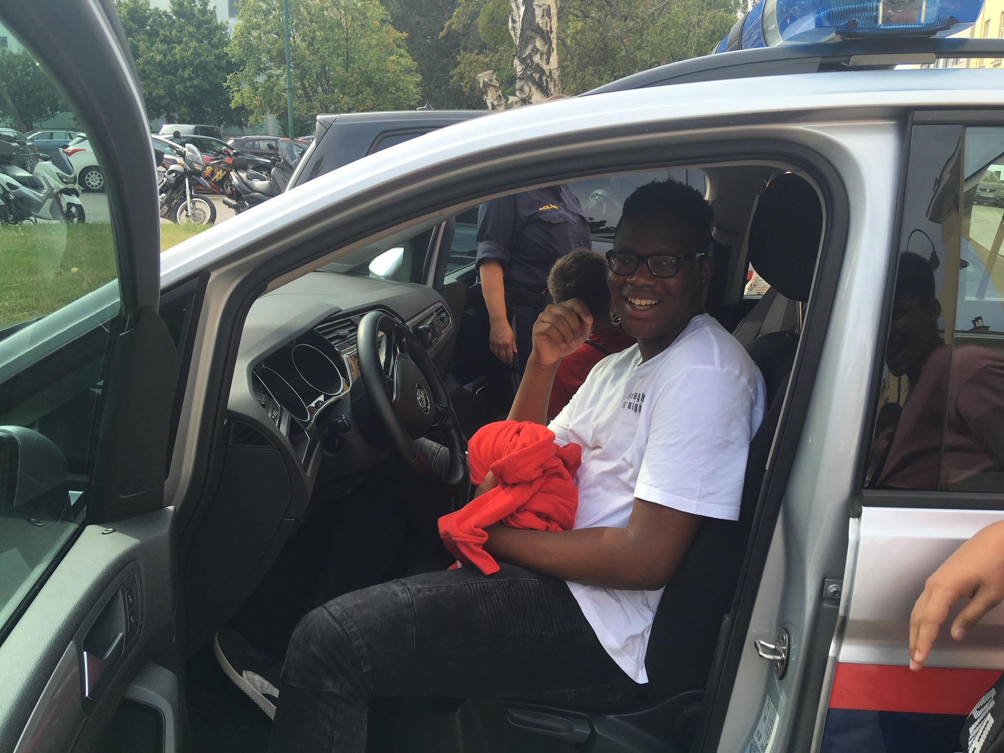Moses Polizeiauto