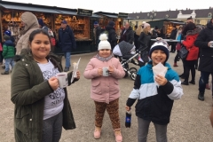 Kinder Essen Markt 3