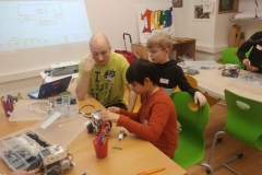 Roboter-Arbeitsrunde-Tag-1