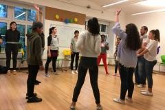 Gruppe im Kreis Tanz 2